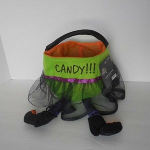 Halloween small basket/bag with handle Witch feet